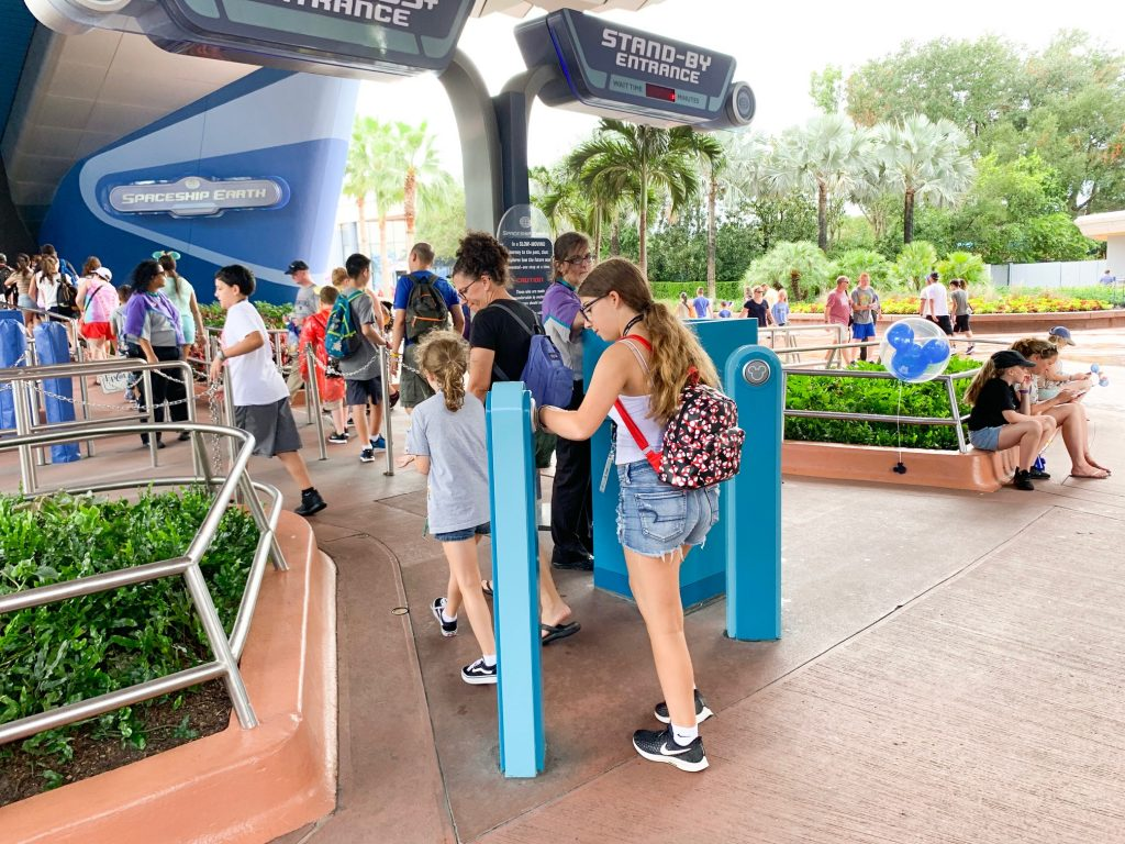 Photo of lines you can avoid by using our Disney World Crowd Calendar
