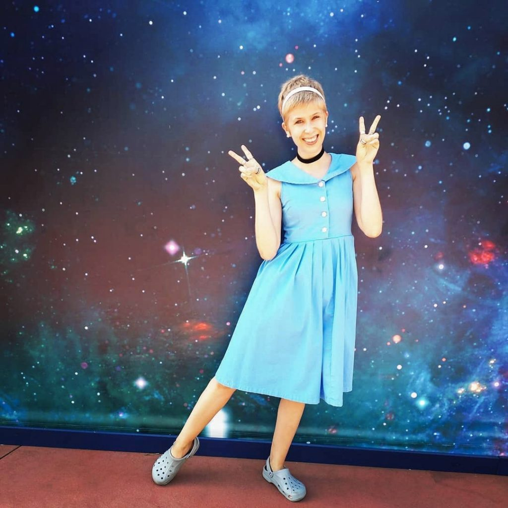 Cinderella Disneybound for women and girls | easy Cinderella outfit for Disney