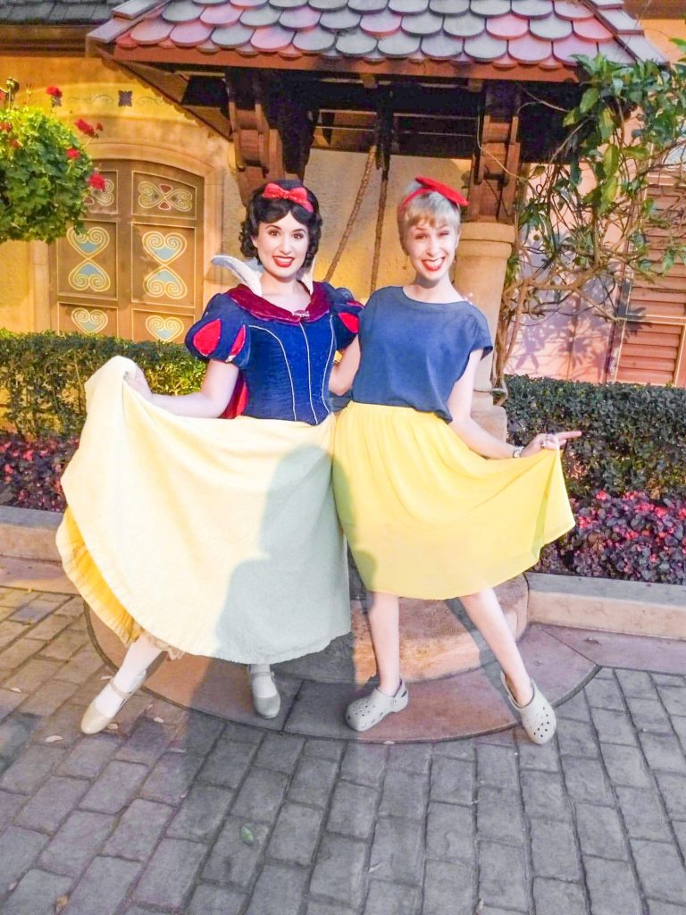 Snow White Disneybound Outfit inspriation