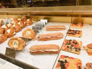 Les Halles Boulangerie Patisserie Epcot quick service counter foods