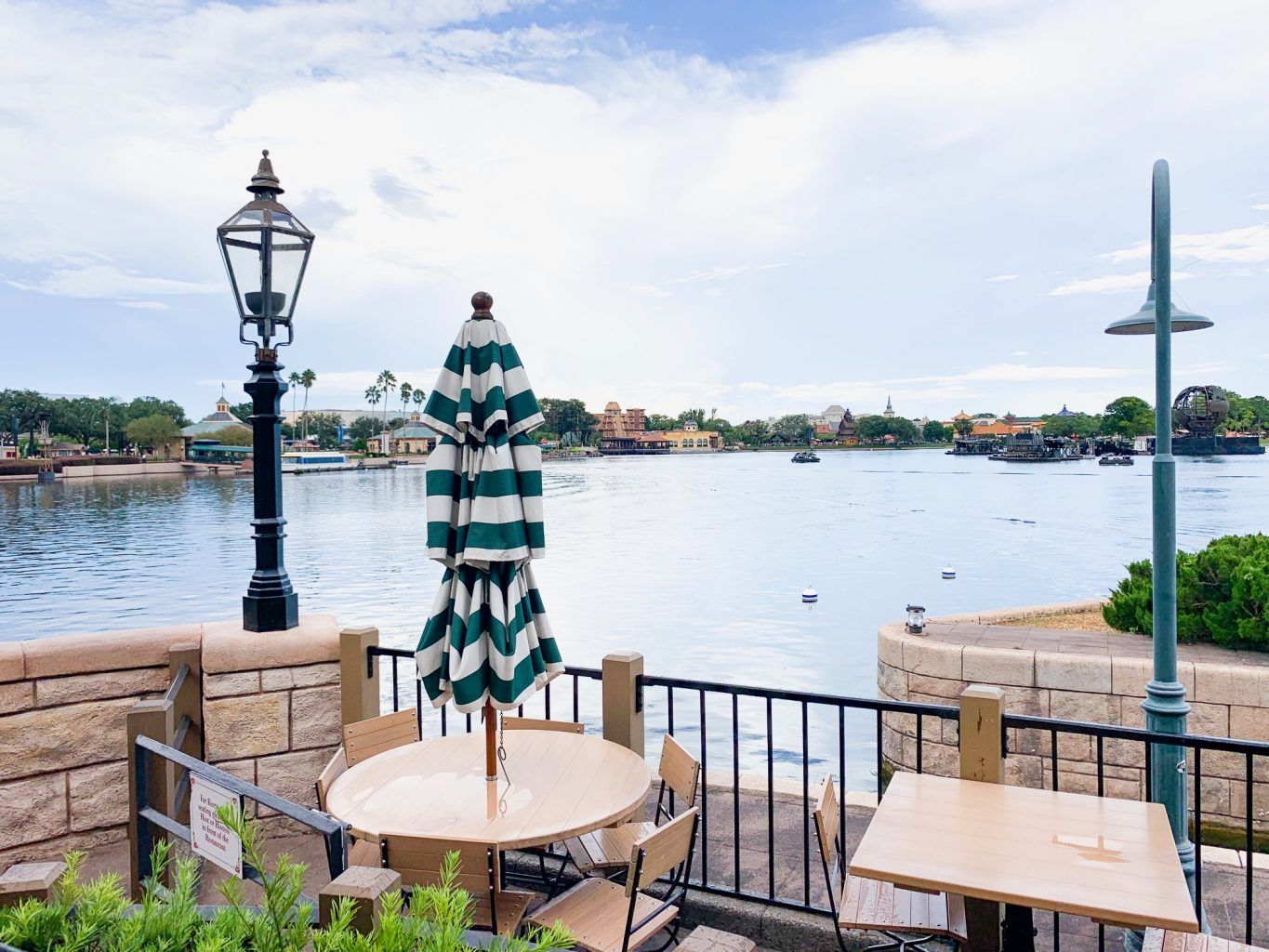 outside of Rose & Crown which you can visit on your Disney dining plan