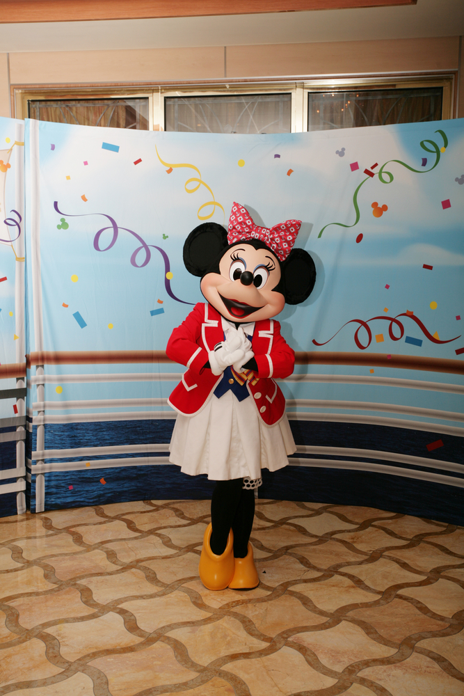 Disney Cruise Minnie Mouse Meet and Greet
