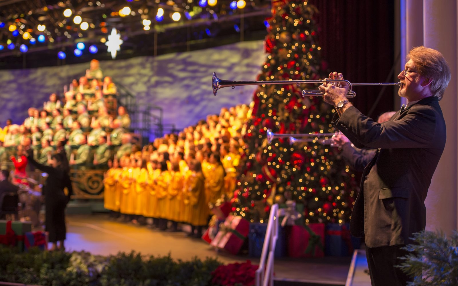 Epcot Candlelight Processional at The Festival Of The Holidays