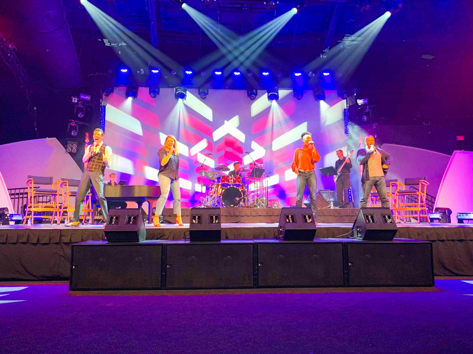 The Ultimate Guide To The 2020 Epcot Festival Of The Arts Disney Trippers
