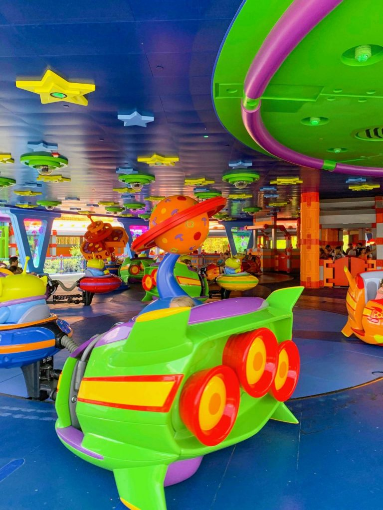 Hollywood Studios Fastpass Inside Alien Swirling Saucers while in action
