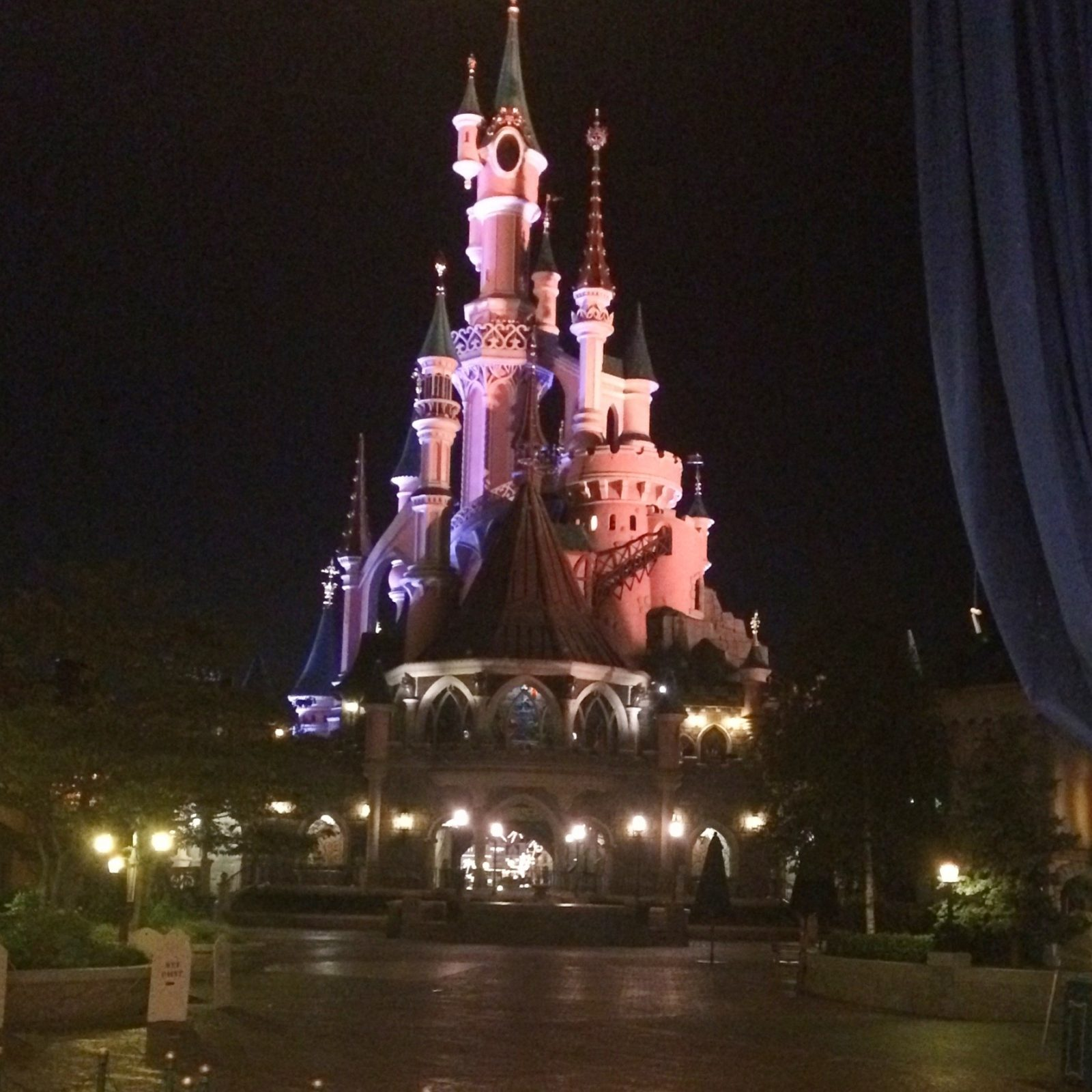 21 Best And Worst Disneyland Paris Rides And Attractions Disney Trippers