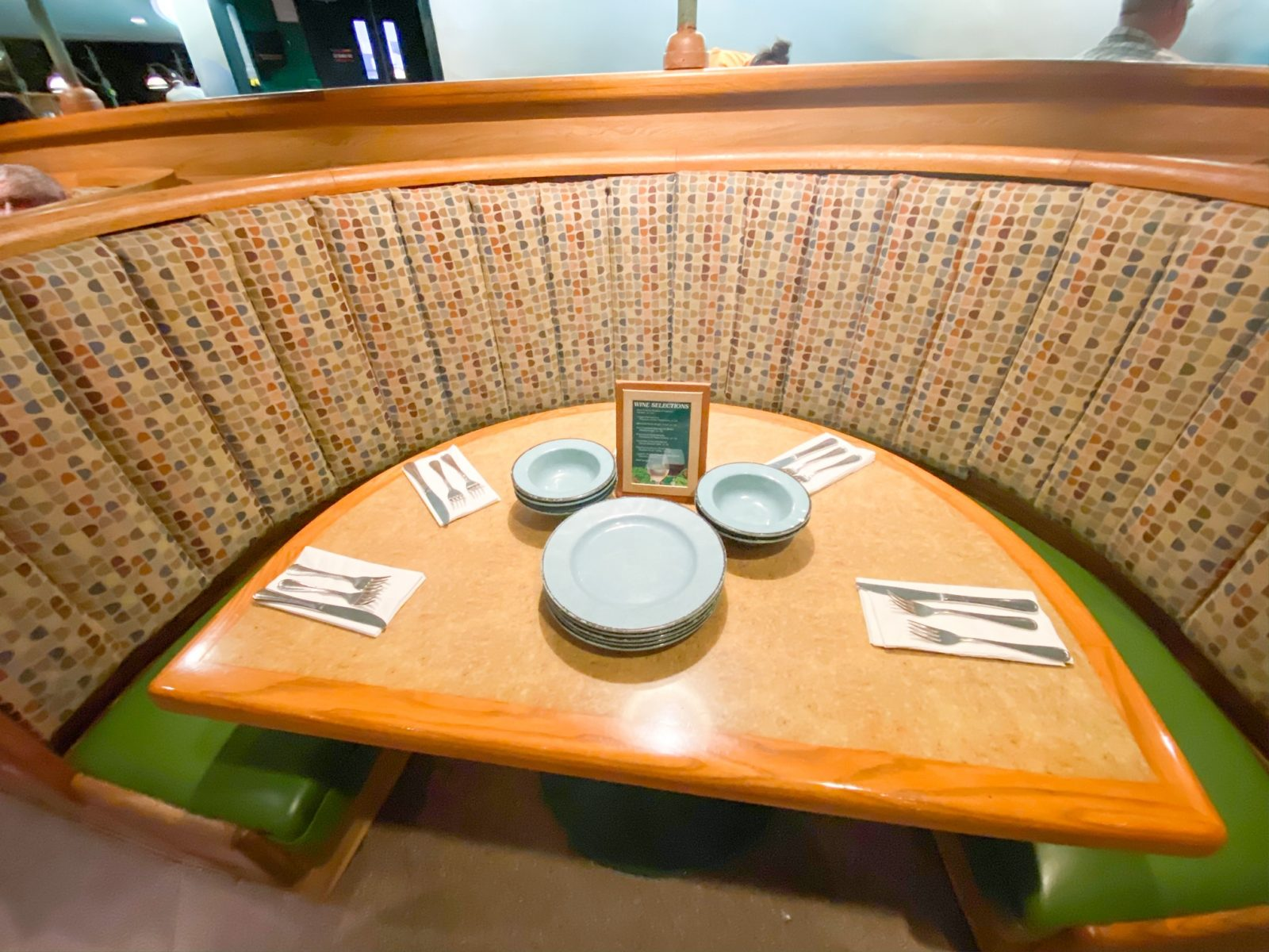 table with Mickey Shaped plates at Epcot's Garden Grill Restaurant