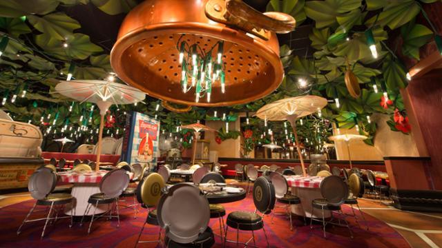 Enjoy a rat's eye view in this Disneyland Paris restaurant