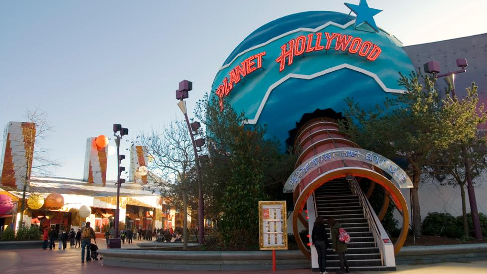 The planet of Planet Hollywood in Disney Village