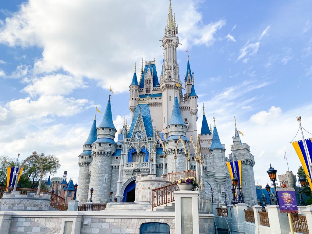 Disney-Castles-MK-2.jpg